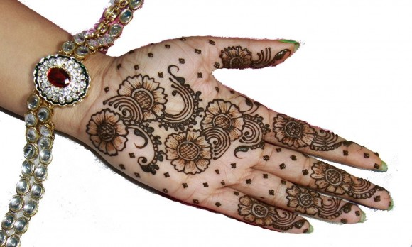 New-Beautiful-Pakistani-Mehndi-Designs