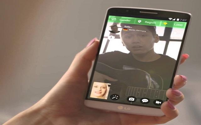 ثبت هذا التطبيق و دردش مع الناس حول العالم صوت وصورة بدون أن يكونو أصدقاءك وبشكل تلقائي