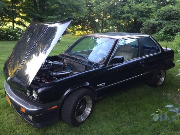 Daily Turismo: Mopar3: 1985 BMW 360 V8
