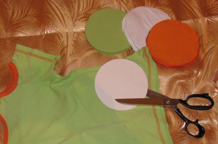 Aprende c mo hacer una alfombra para ni os reciclando ropa for De que estan hechas las alfombras