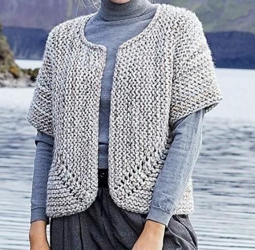 Jutka Cardigan - Free Pattern