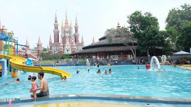 SS WATERPARK TMII Waterpark Jakarta Murah