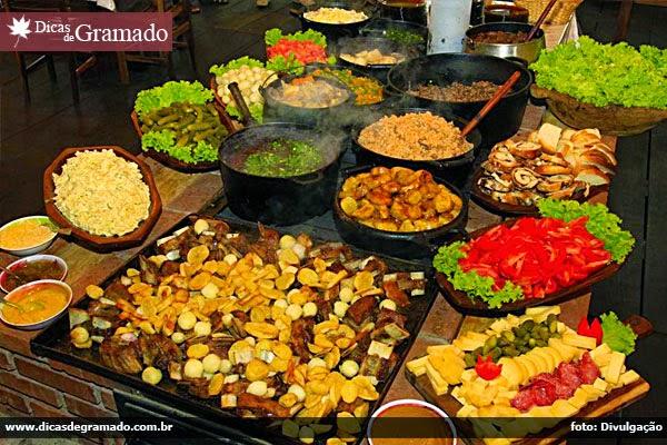 Gastronomia típica na Festa da Colônia