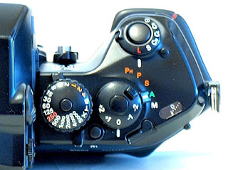 Nikon F4, top right knobs and levers