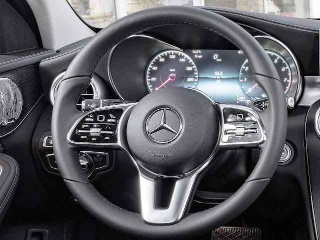 Novo Mercedes-Benz Classe C 2019 - interior