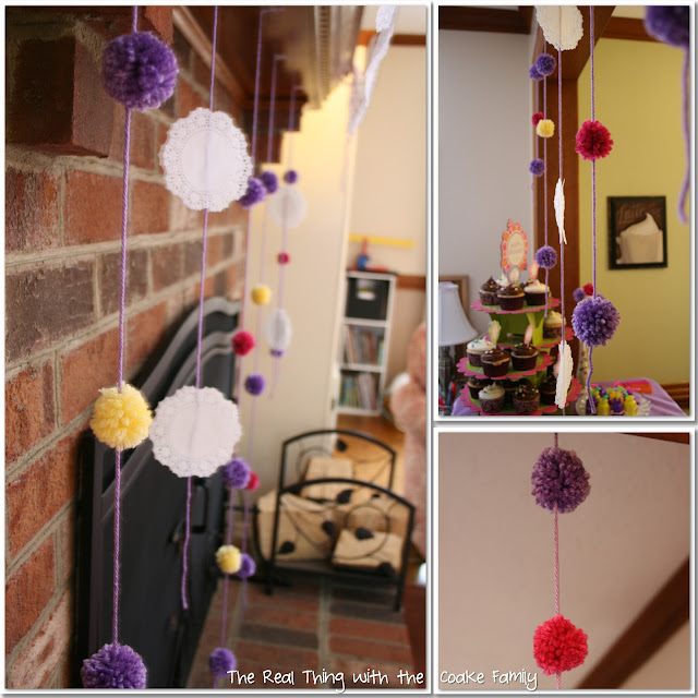 Ideas of cute and easy to make decorations for an American Girl Birthday Party. #AGDoll #AmericanGirlDoll #Birthday #Party #Decorations #RealCoake