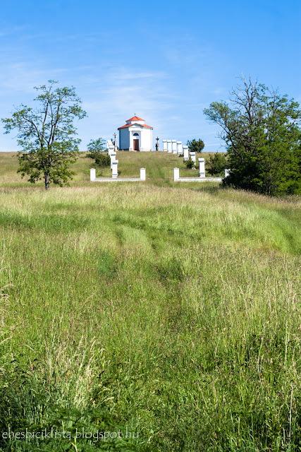 Vöröstói Kálvária-domb a Balaton-felvidéken