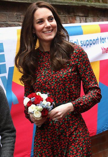 Kate Middleton wears VANESSA SEWARD Cai Floral Print Silk Jacquard Dress, Mulberry Bayswater clutch, Stuart Weitzman shoes
