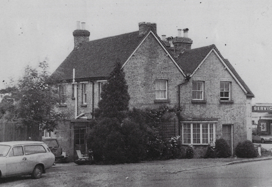 Photograph of The former White Swan, Bell Bar, in 1982, now a private residence