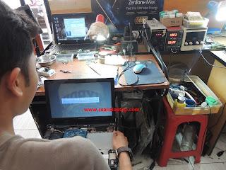 Service Laptop Lenovo G40-45 Processor Rusak