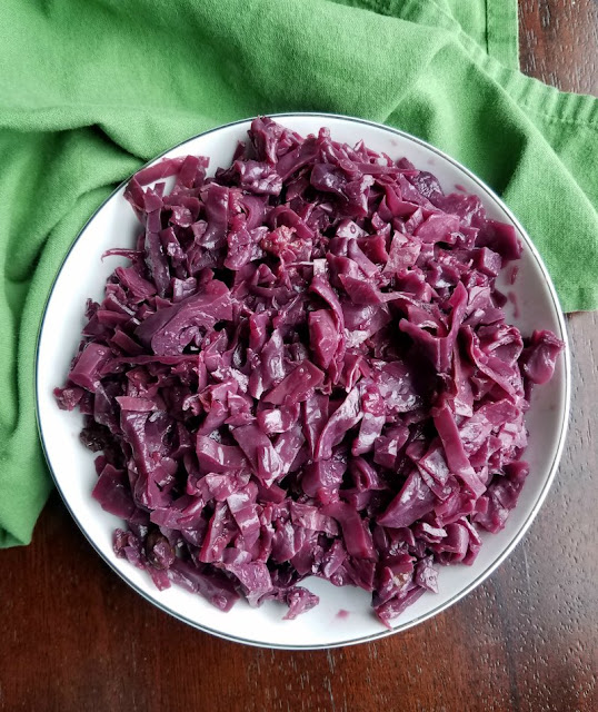 German Style Red Cabbage with Apples