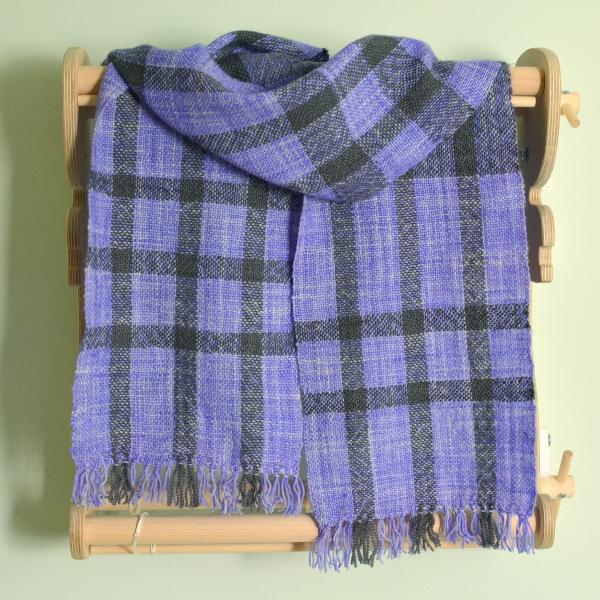 cozy birdhouse | plaid woven scarf