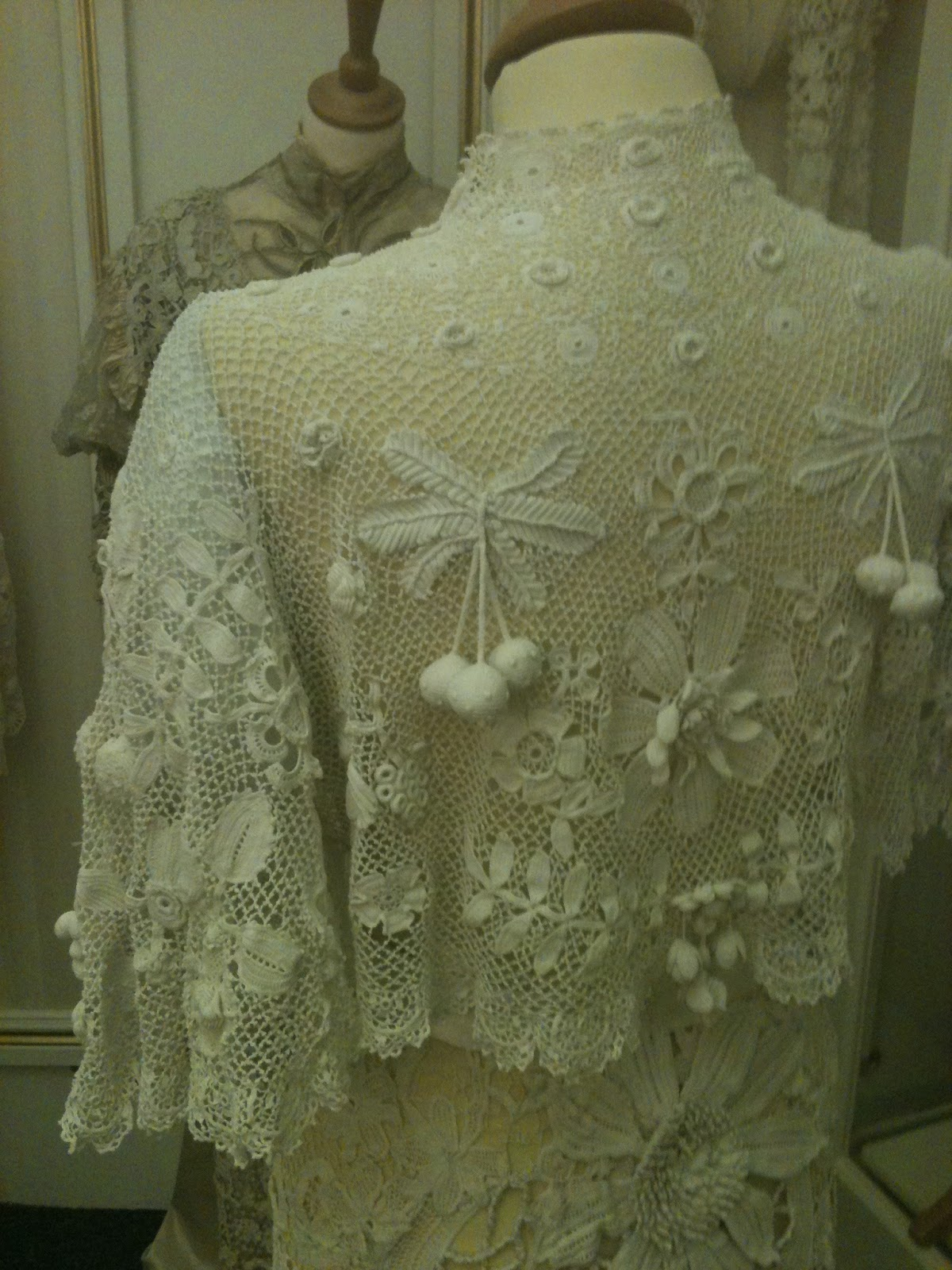 Rosemary Cathcart Antique Lace and Vintage Fashion The