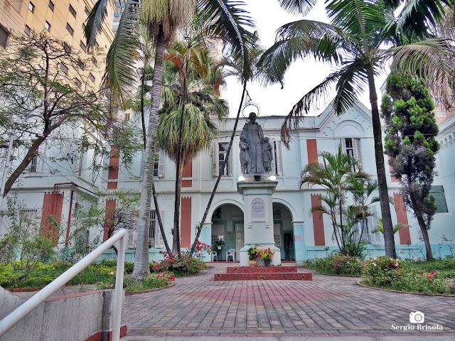 Vista da entrada do Externato Casa Pia São Vicente de Paulo - Santa Cecília - São Paulo