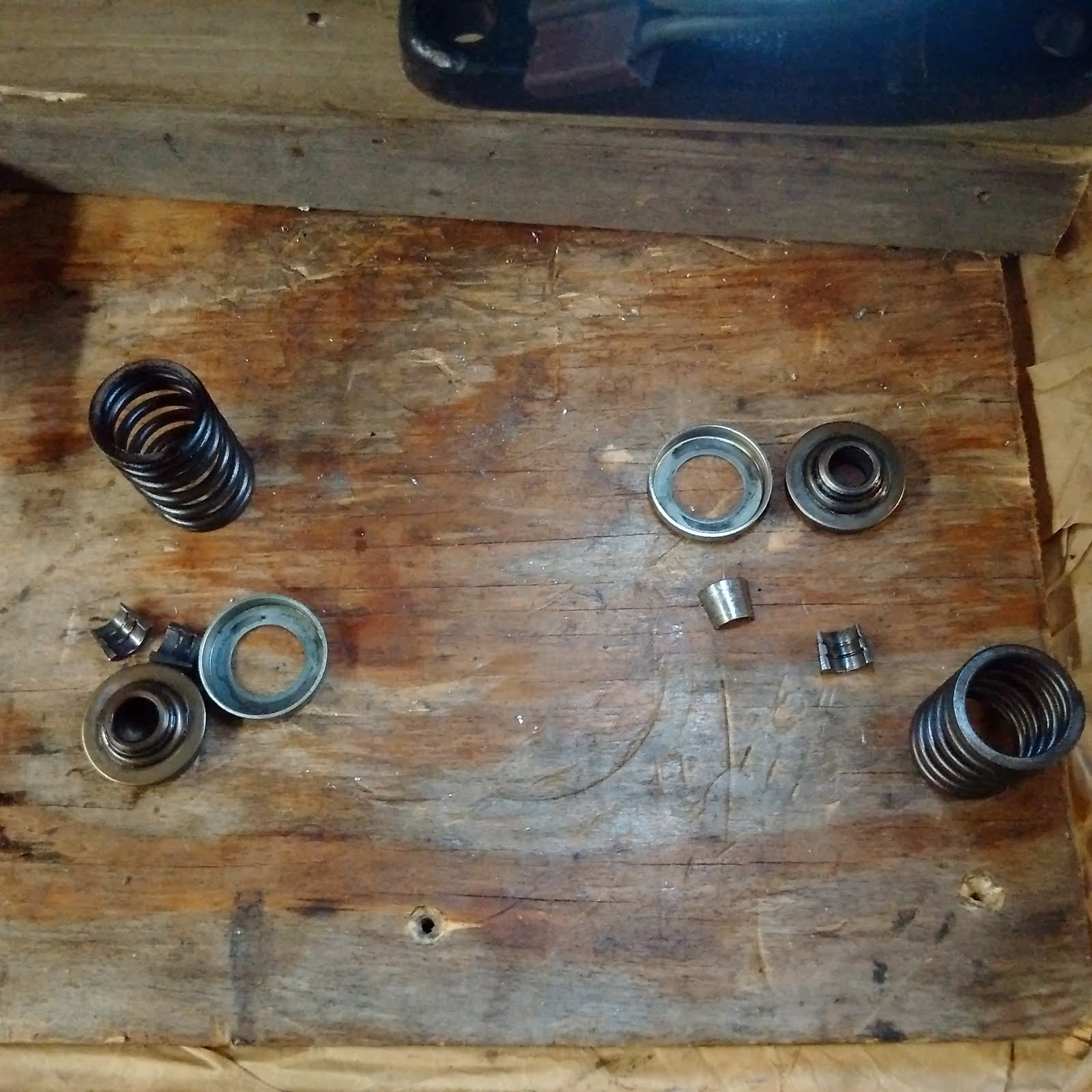 Install Valve Springs, Kohler K321 | Adventures with a Deere