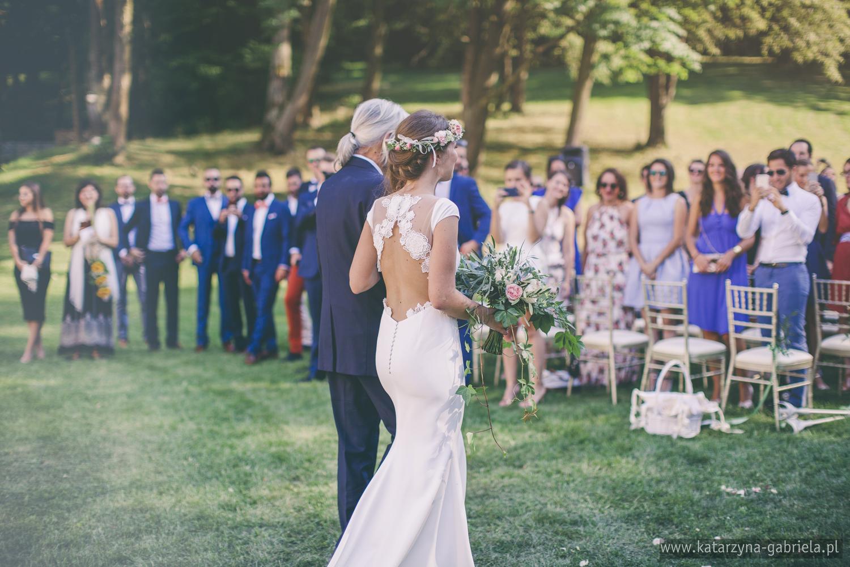 Polsko francuski ślub, Romantyczny ślub w ogrodzie, Śluby międzynarodowe, Polsko Francuskie wesele, Ślub Cywilny w plenerze, Ślub w stylu francuskim, Romantyczny ślub, Wesele w Pałacu Goetz, Blog o ślubach, Najpiękniejsze śluby w Polsce