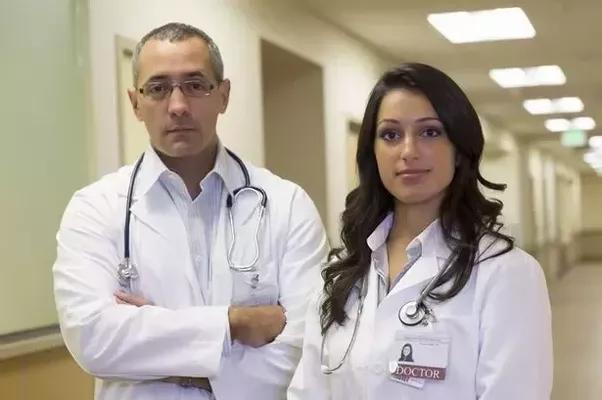 Meet single doctors dating