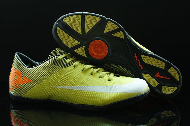 58c3c003172 (Nike Mercurial Vapor Superfly II IC)size eur39-45