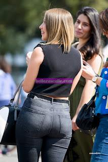 bonita chica jeans apretados
