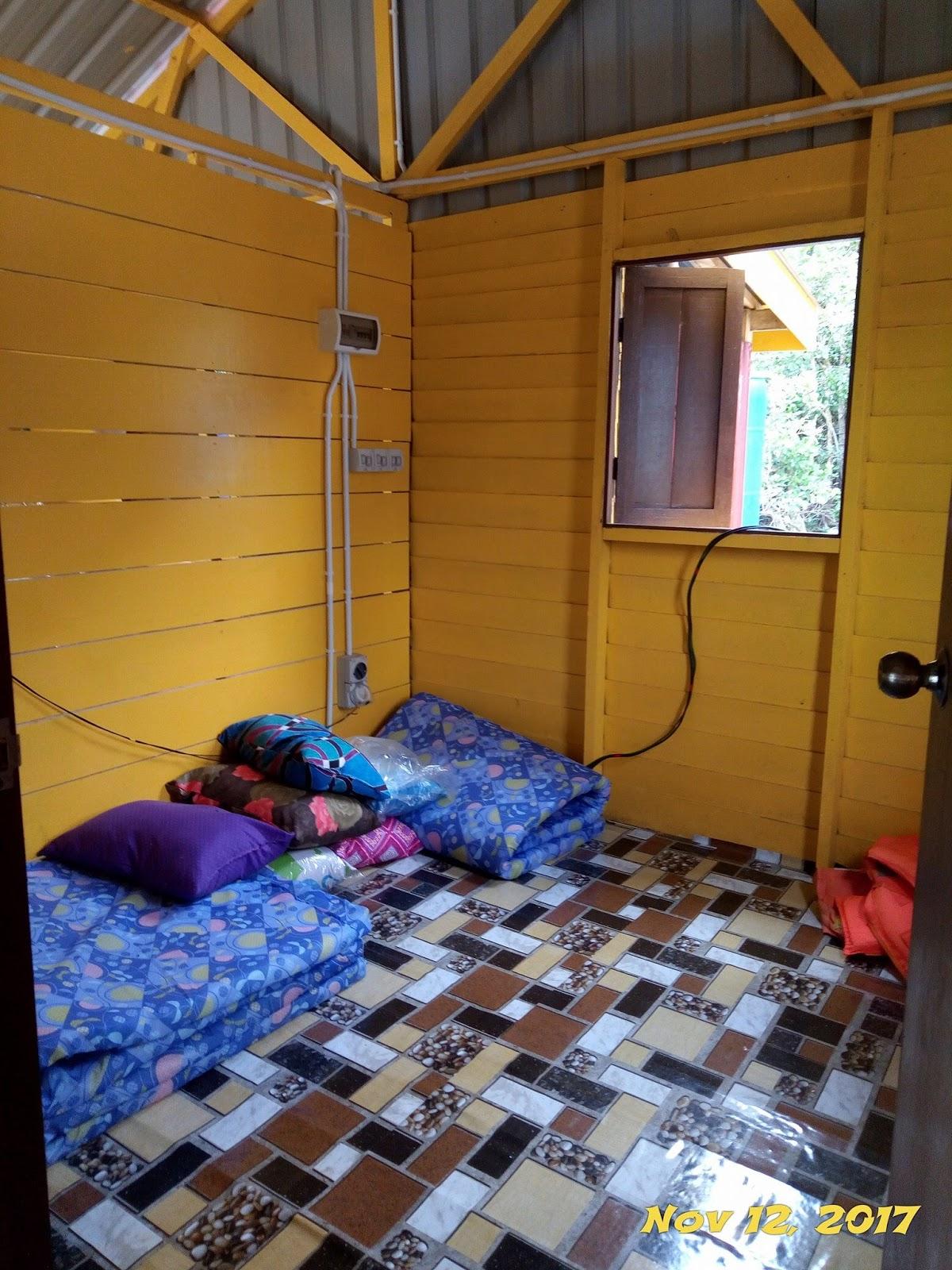 bagi menjamin keselesaan para pengunjung terutama yang datang bersama family Kelengkapan lain seperti tv kipas angin katil juga ada disediakan