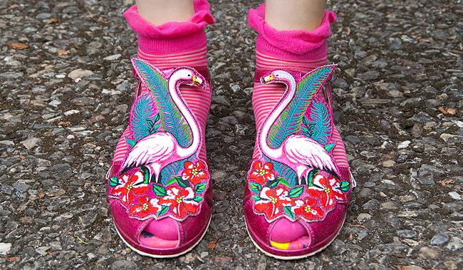miss l fire, flamingo shoes, pink sandals