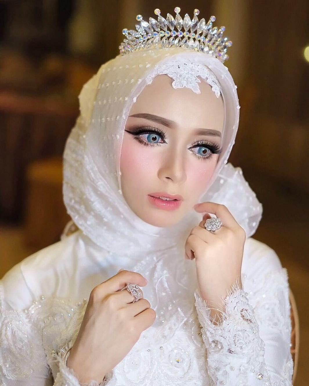 de04ab7e38 Tips Gaun Pengantin Untuk Hijabers