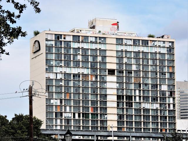 Former Days Inn - Abandoned Hotel in Downtown Houston