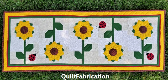 Sunflowers Runner full view by QuiltFabrication