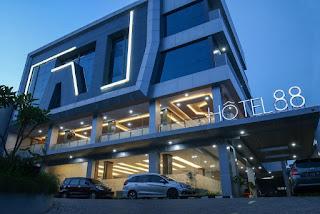 Lowongan Kerja Terbaru di Bekasi : Hotel 88