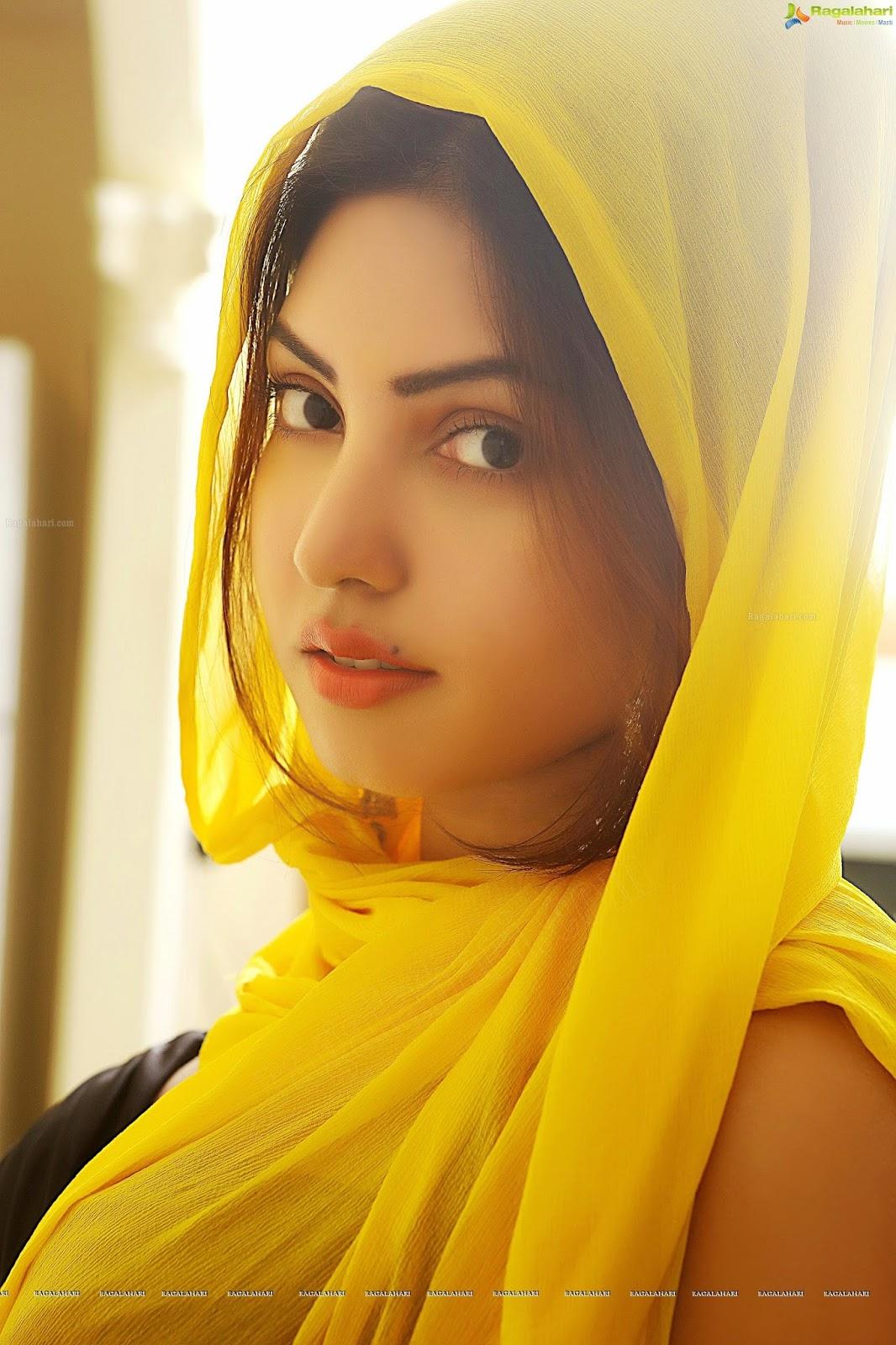 Cute and simple muslims girls wallpaper for facebook - Sari Info