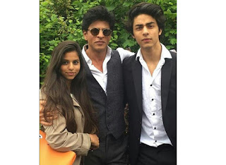 SRKs Son Aryan Khan and Navya Naveli Nanda celebrate their graduation