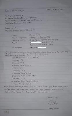 contoh surat lamaran kerja tulis tangan pabrik