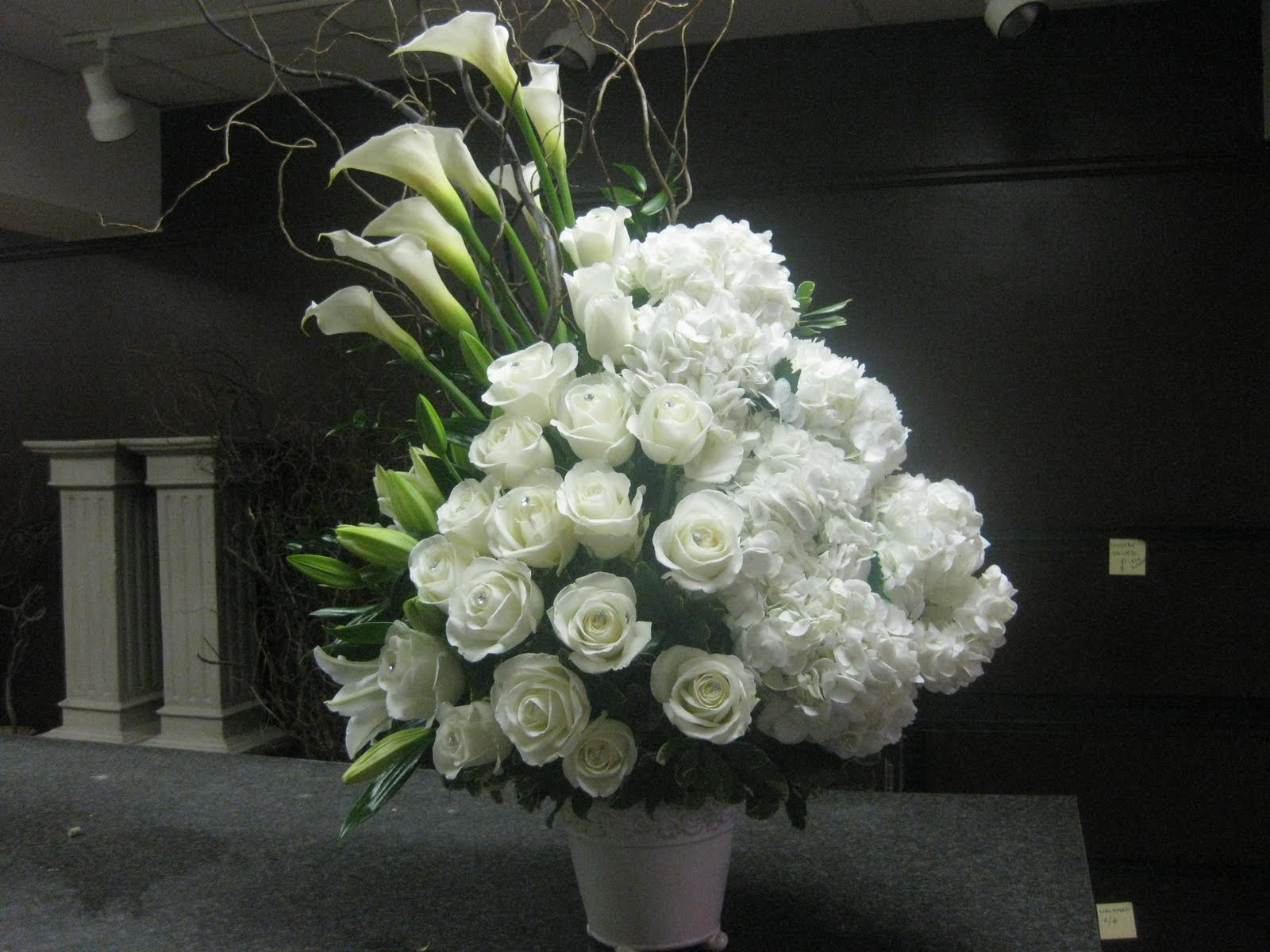Flowers online 2018 modern funeral flower arrangements flowers modern funeral flower arrangements these flowers are very beautiful here we offer a collection of beautiful cute charming funny and unique flower izmirmasajfo