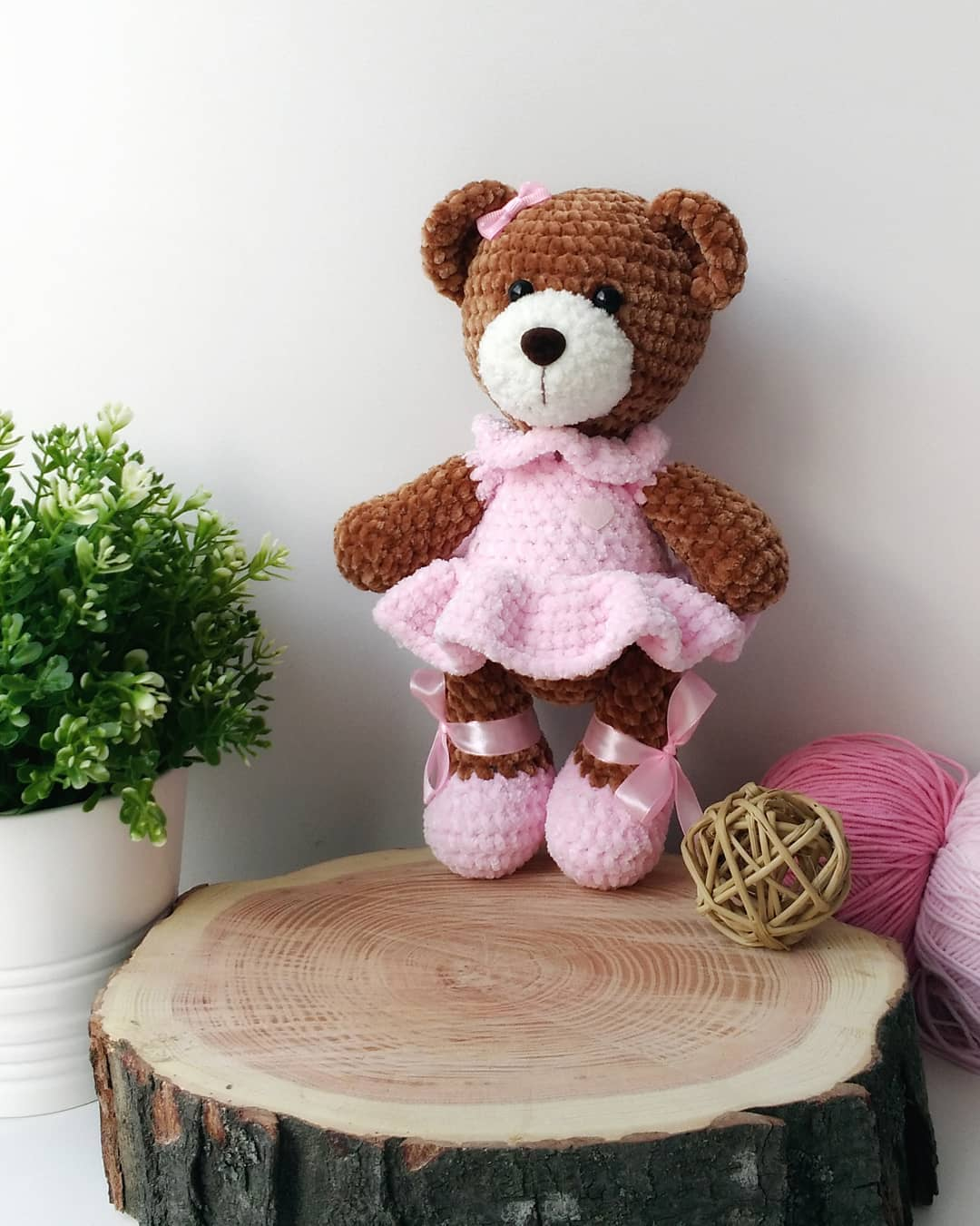 Amigurumi plush bear crochet toy