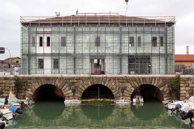 Dogana d'acqua, new building, Livorno