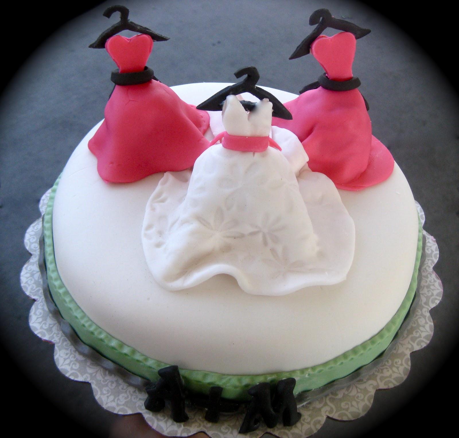 Pre Wedding Gifts: The Cake Baketress: Pre-wedding Bridal Bliss