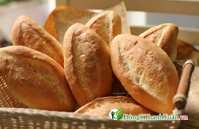 người đau dạ dày nên ăn bánh mì