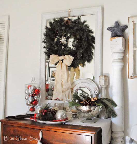 Blue Clear Sky: Favourite Vignettes From Our Christmas Home Tour and a Greenery Trick