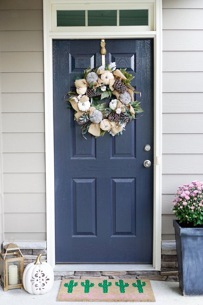 strawberry chic house tour, easy front door decor, fall decor