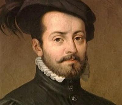 """Biografi Hernan Cortes   Dari keluarga bangsawan kecil, lahirlah Heniando Cortes tahun 1485 di Medellin, Spanyol. Apa istimewanya? Dia itulah penakluk Meksiko. Di masa muda bakal penakluk ini belajar di Universitas Salamanca dalam ilmu hukum.  Pada umur sembilan belas tahun dia tinggalkan Spanyol mencari nasib untung di benua sebelah barat sana yang baru saja diketemukan. Tahun 1504 dia tiba di Hispaniola, dia menetap di situ selaku seorang petani terhormat dan """"Don Yuan"""" ukuran lokal. Tahun 1511 dia ikut serta dalam penaklukan Spanyol terhadap Kuba. Sesudah petualangan ini dia kawin dengan ipar gubernur kerajaan untuk Kuba, Diego Velasquez dan ditunjuk jadi walikota Santiago.  Tahun 1518 Ve1asquez memilih Cortes jadi kapten ekspedisi ke Meksiko. Sang gubernur, waswas terhadap ambisi Cortes segera membatalkan perintahnya tetapi langkah itu sudah terlambat untuk menyetop Cortes. Dengan 11 kapal, 110 kelasi, 553 tentara (termasuk dengan hanya 13 senjata api genggam dan 32 busur panah, 10 meriam berat, 4 meriam ringan dan 16 ekor kuda), Cortes berlayar bulan Februari 1519. Ekspedisi itu mendarat pada hari Jum'at saat peringatan ulang tahun penyaliban Nabi Isa di tepi kota yang kini bernama Veracruz. Cortes berdiam dekat pantai barang sebentar, mengumpulkan segala informasi"""