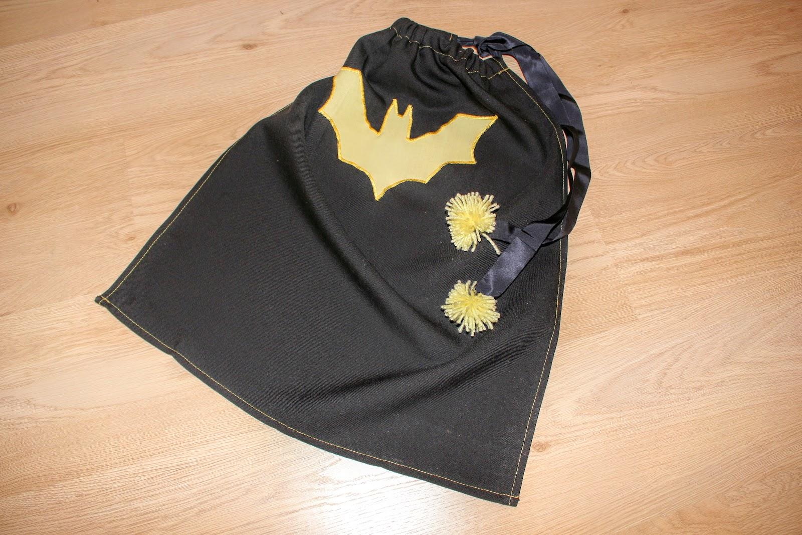 Video Wir Nahen Eine Batman Maske
