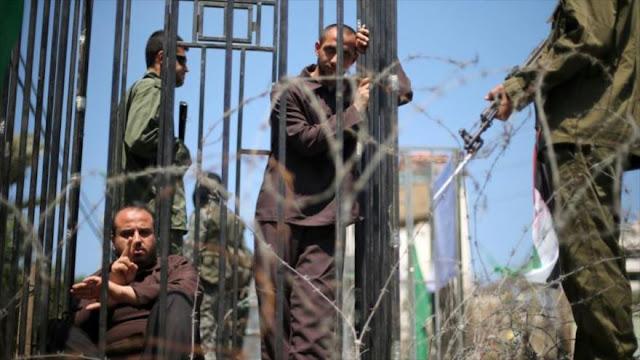 Informe: Israel da comida podrida y vencida a presos palestinos