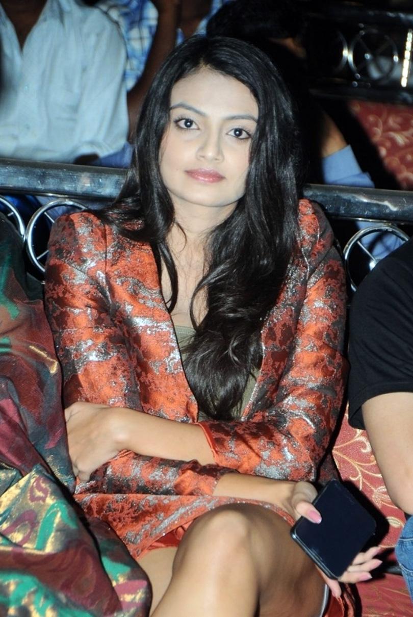 Nikitha narayan thundering thighs