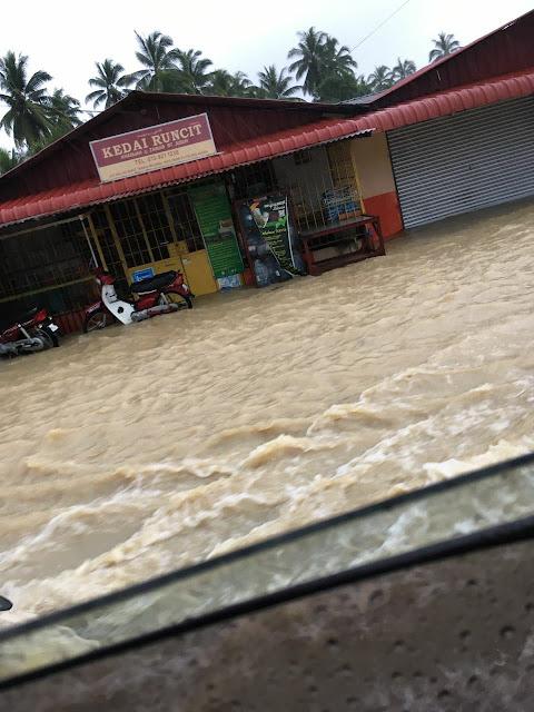 pemanduan ketika banjir