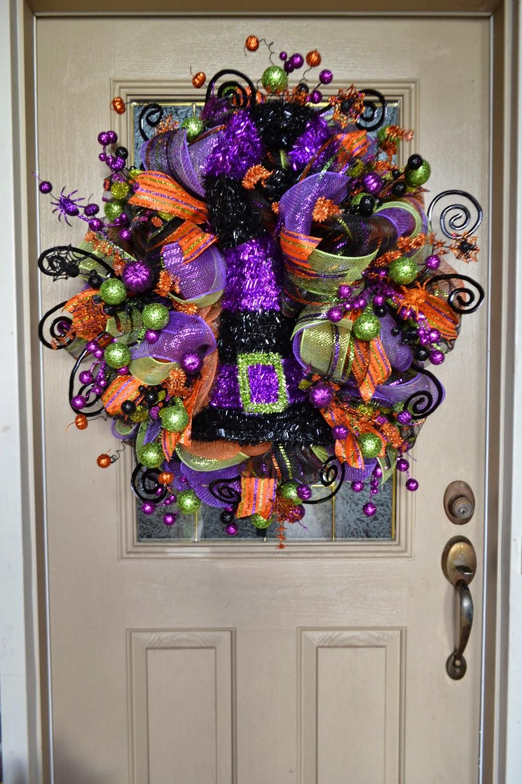 kristen 39 s creations halloween mesh wreath. Black Bedroom Furniture Sets. Home Design Ideas