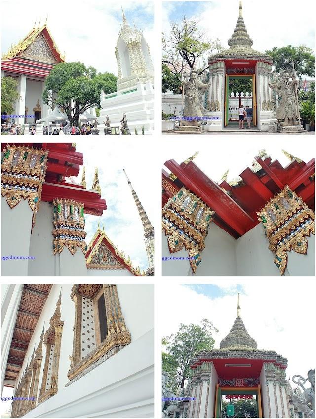 Wat Pho   The Reclining Buddha In Bangkok, Thailand