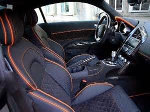 Keadaan Interior mobil yang bersih bakal berikan kenyamanan maksimal pada siapa saja yang ada di dalamnya. Tetapi membersihkan noda serta lakukan perawatan pada interior mobil tidaklah semudah bersihkan serta menjaga sisi eksterior mobil agar tetap bagus, diperlukan kecermatan serta kesabaran dan cara membersihkan mobil yang benar.