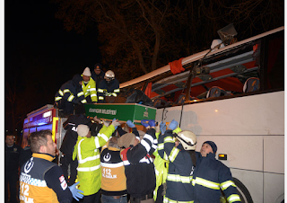 Bir otobüs kazasında 11 ölü
