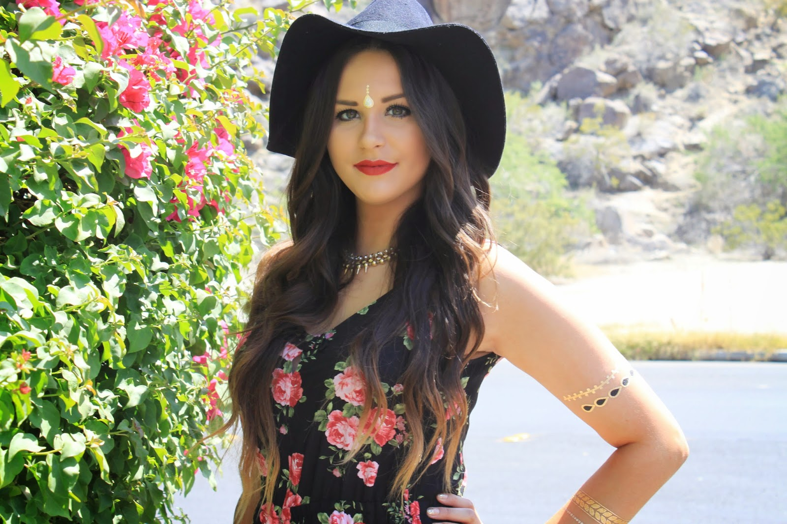 Fashion blogger Mash Elle shares the perfect outfit for Coachella - What to Wear to Coachella by popular Orlando fashion blogger, Mash Elle