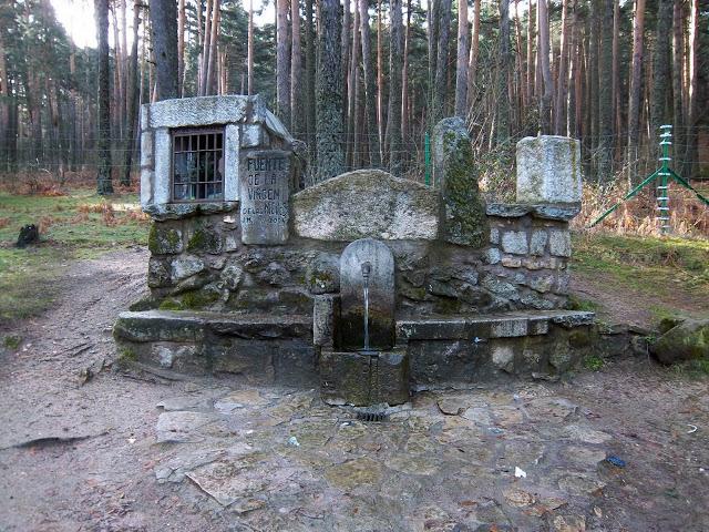 Fuente de la Virgen de las Nieves - Alfonsoyamigos